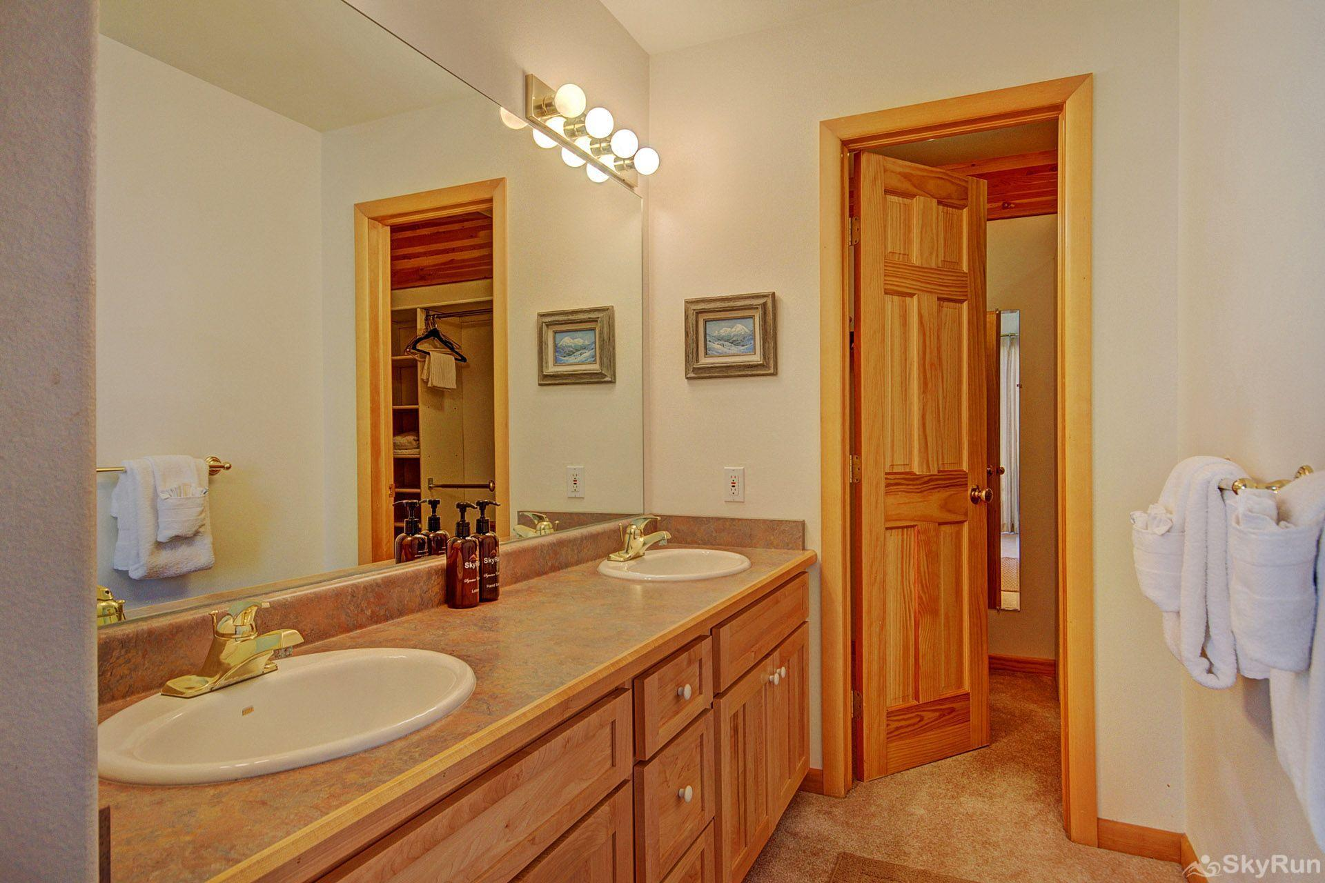 Sauterne Sanctuary 3BR 3BA Master Bathroom