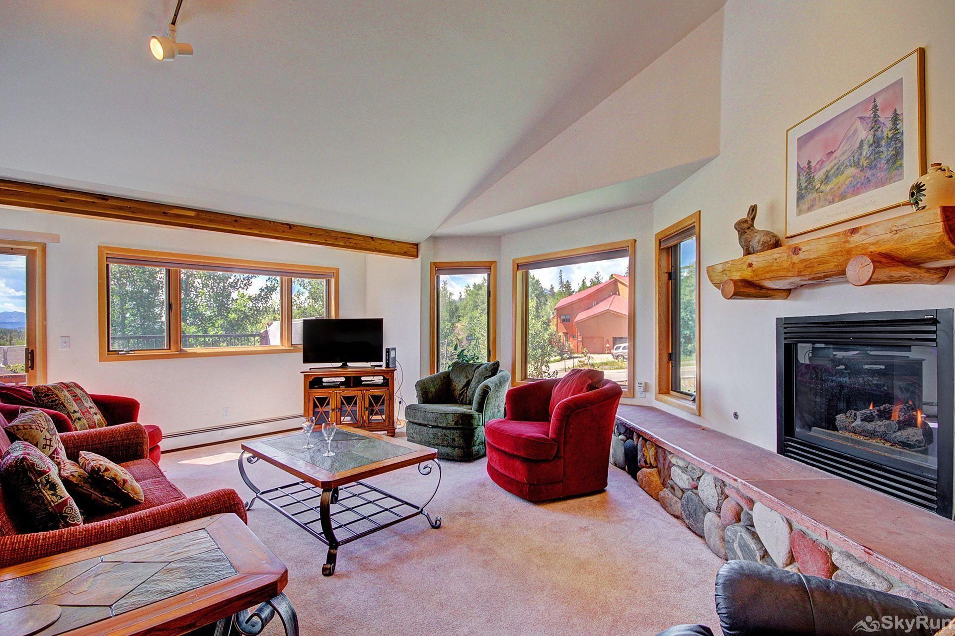 Sauterne Sanctuary 3BR 3BA Open living room with gorgeous views