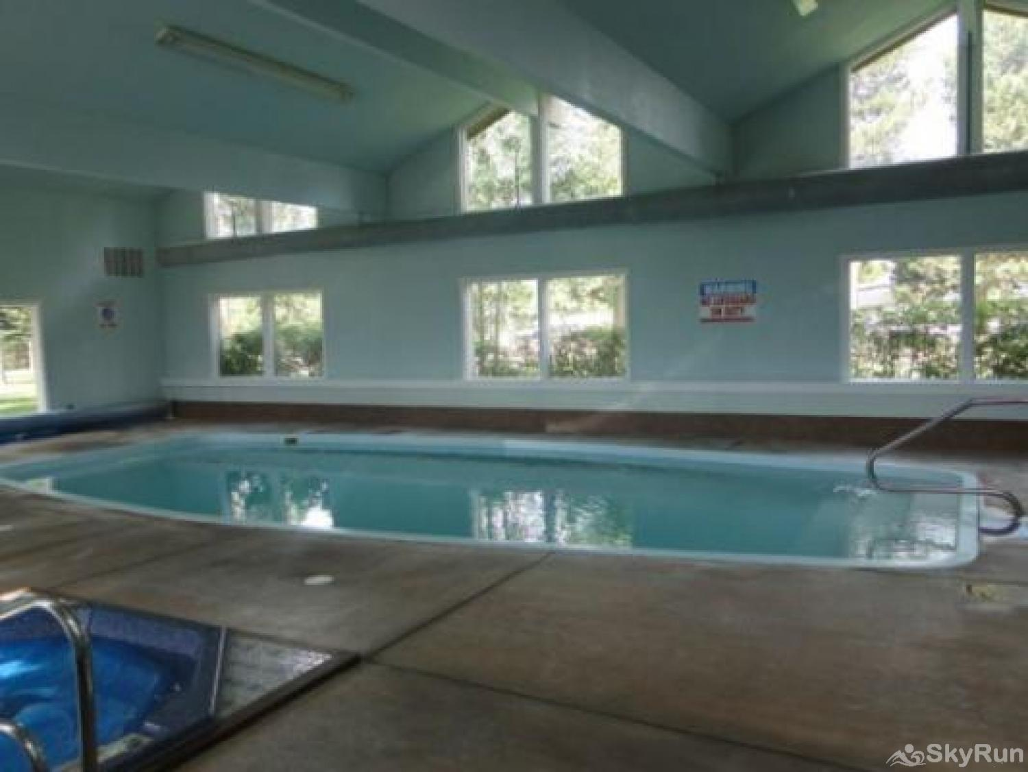 A208 Lake Cliffe Condos  2BR 2BA Indoor Pool