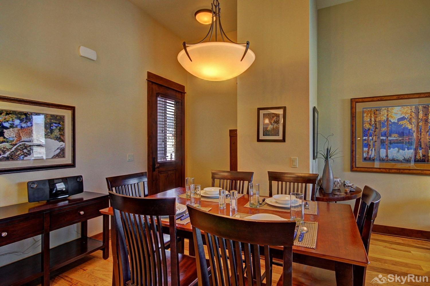 B101 WaterTower Place 2BR 2BA Elegant dining room table